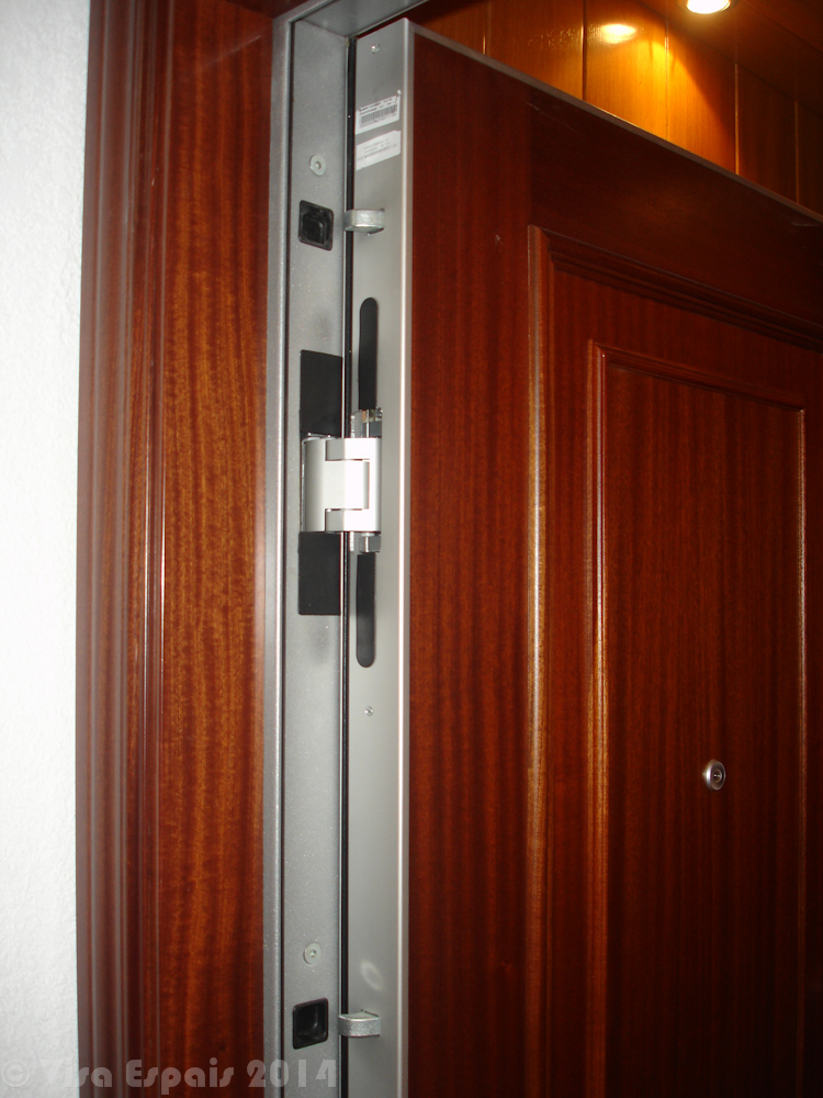 Arreglar puerta blindada descolgada great interesting - Puertas blindadas malaga ...